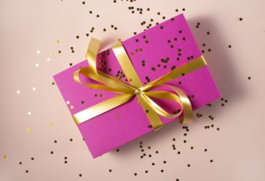 gifts-for-girls-in-hindi